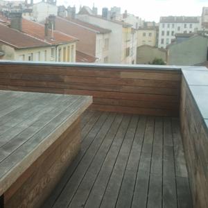 Terrasse d'immeuble avant