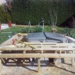 Terrasse de spa : pose de la structure