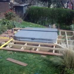 Pose des lames de bois de la terrasse