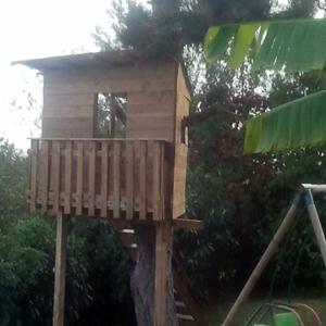 Cabane de jardin face